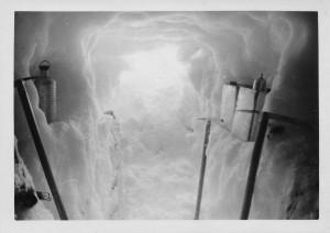 18 snowcaveaxes